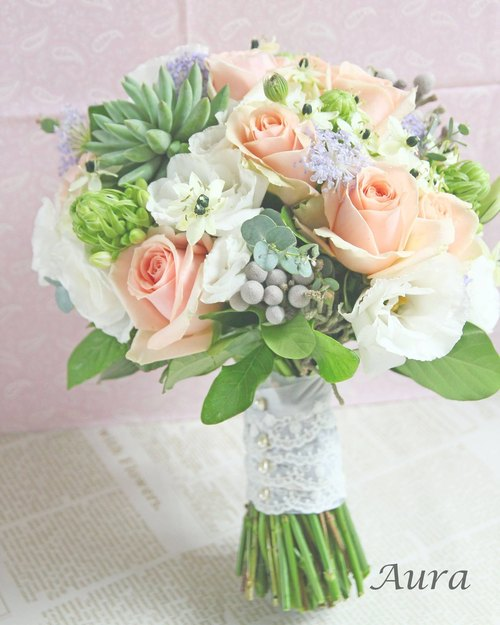 │ │ flower bouquet Spring bouquet of pink soft fleshy + a corsage