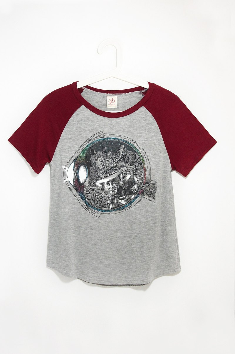 Modal short sleeve baseball fitted blouses / travel T-shirt - pupil in the fantasy world (burgundy + gray) exists only one