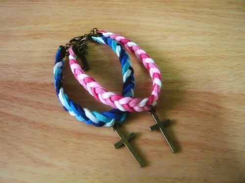 Nadia ♥ cross! We have the same faith! Four strands braided bracelet * Valentine