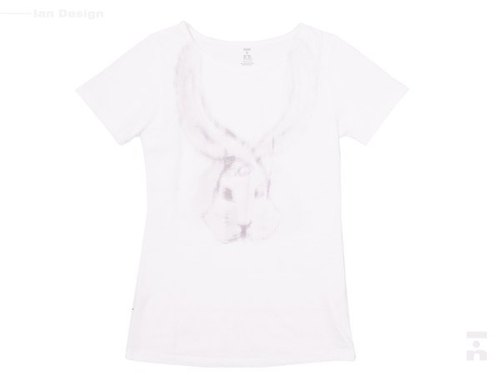 I . A . N Design  Rabbit . Landing . 兔子.降落 短袖T 純天然 100% 有機棉 Organic Cotton