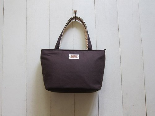 Dachshund sails Bu Tuote zipper bag - Medium (coffee + orange little white rice)