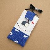 和風兔子刺繡手機袋(L) 適合5.5吋手機