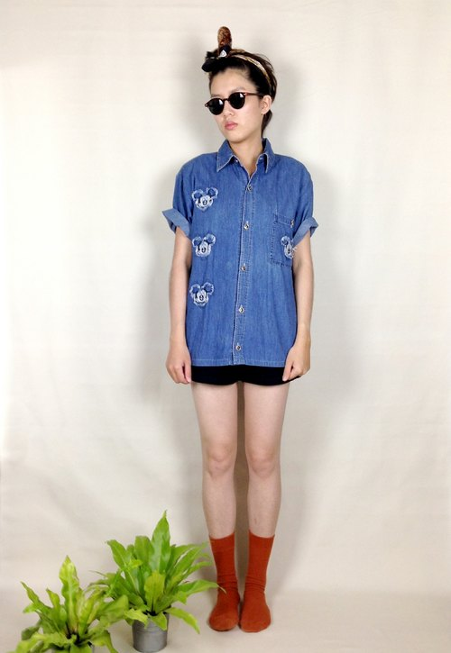 │ │ Mickey knew priceless vintage denim shirt VINTAGE / MOD'S