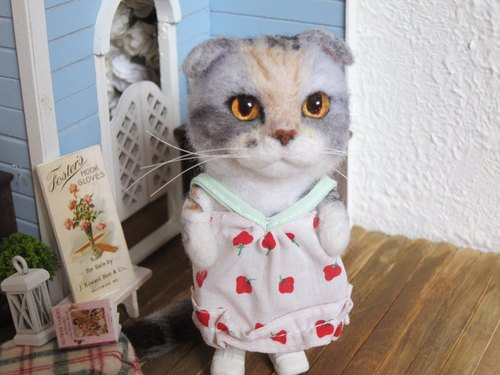 MINI'S SECRET ~ handmade wool felt special ordered a highly realistic simulation of humanoid doll cat cat engraved Showcase