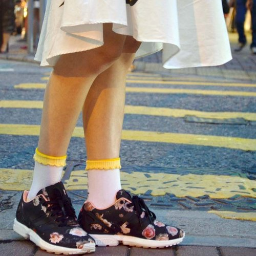 # 02 yellow umbrella socks