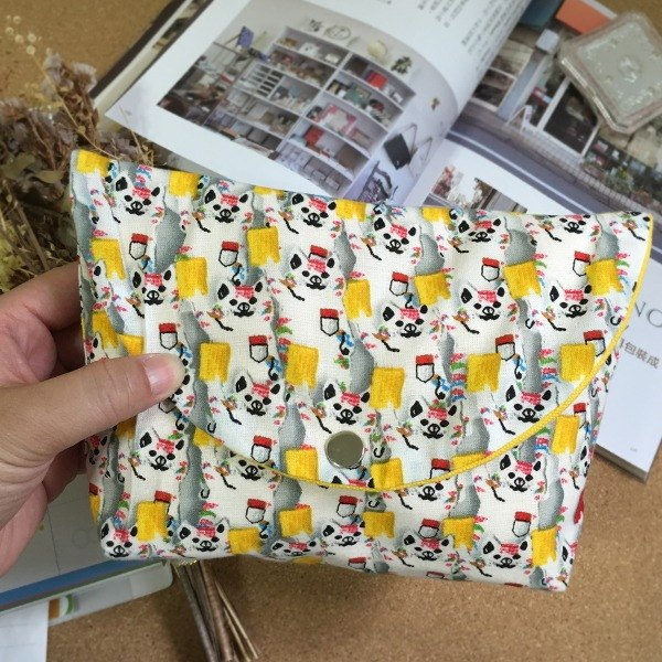 Cat ball card red card yellow bag pencil bag storage file camera bag
