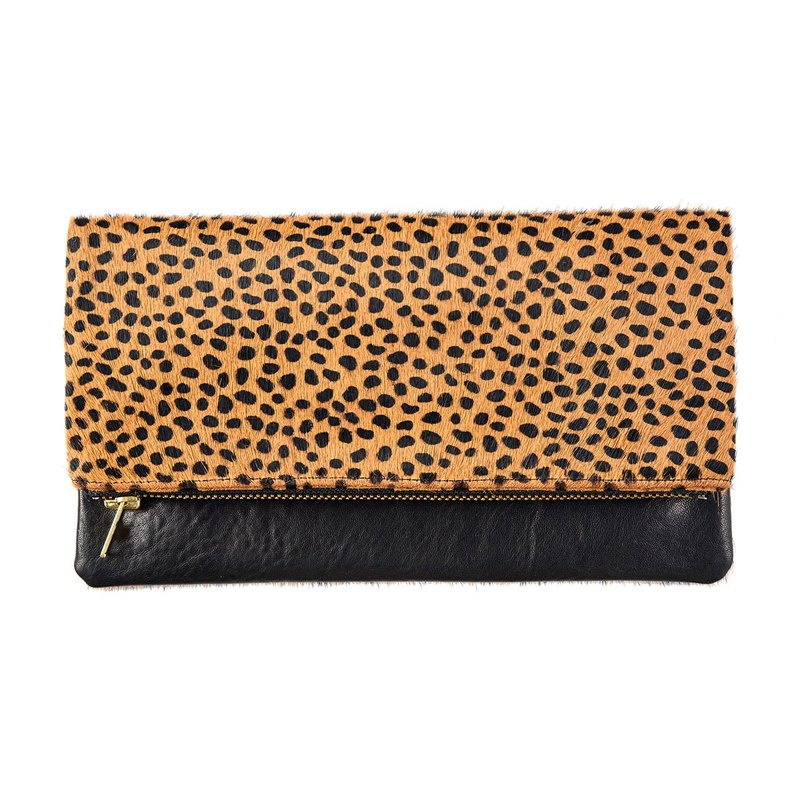 GWYNETH Clutch / Side Backpack _Black / Cheetah (Black / Cheetah)