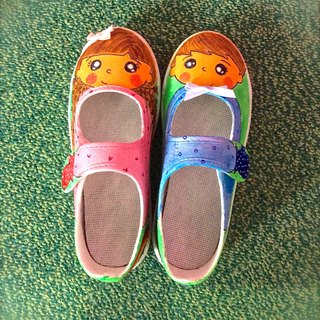 Hand-painted shoes [little girl and his friend]