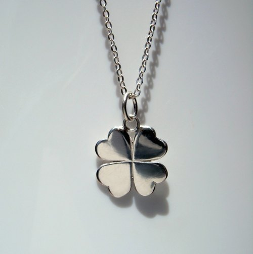 Pieces series. Lucky Clover small