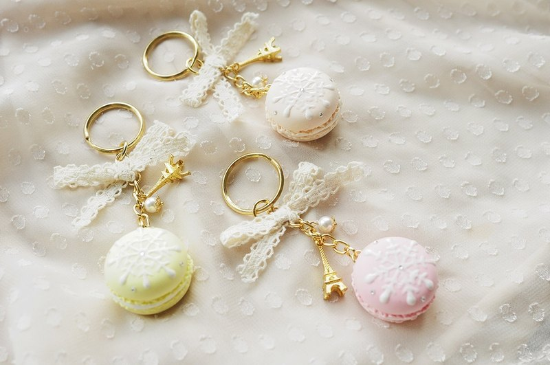Sweet Dream ☆ Snowflake French style macarons keychain - 3 color / wedding small things