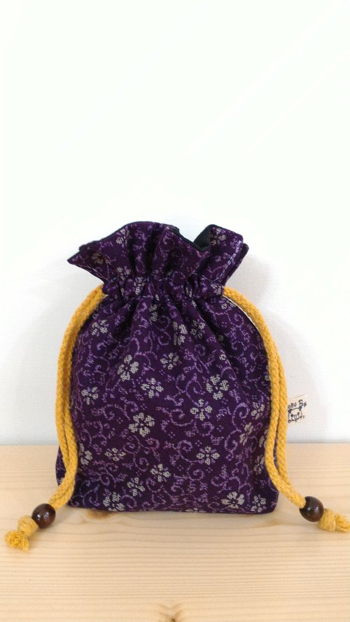= BoBo Pig = handmade Japanese Drawstring Pouch / camera / small cup Bag [Purple]