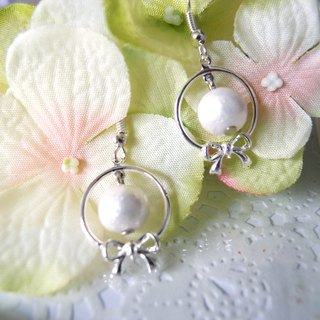 Ribbon - cotton pear earrings
