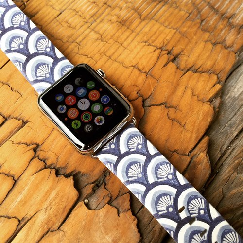 Apple Watch Series 1, Series 2 and Series 3 - Japan Waves Style Printed on Genuine Leather for Apple Watch Strap Band 38 / 42 mm