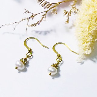 ❡ Pearl CZ Earrings