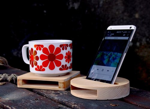 【Taiwanese Cypress】Cell Phone Sound Amplifier x Square Coaster