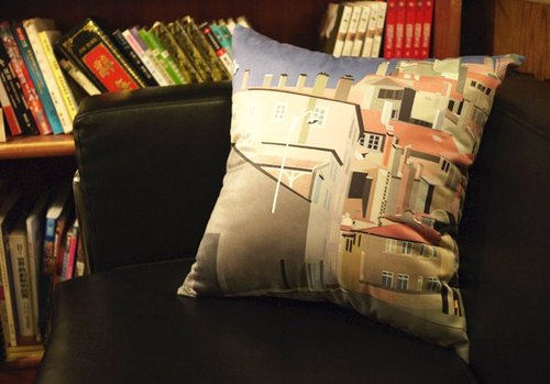 [Good to travel. Good to rest] suede pillow cover ◆ ◇ ◆ Lyon. France ◆ ◇ ◆ (excluding pillow)