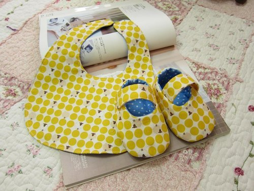 Yellow Bubble Mianyang - baby baby births Groups - Baby Shoes + Bibs