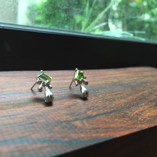 ♦ NINA SHIH JEWELRY ♦ dew :: peridot sterling silver earrings