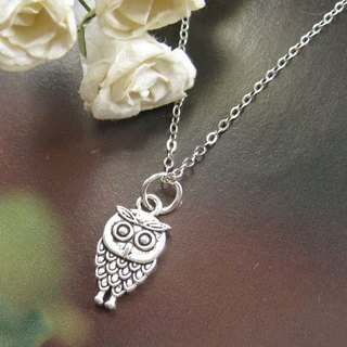 Little Owl Necklace (Christmas)