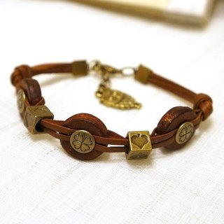 Retro leather bracelet pie