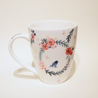 Great hand-painted mug - wreath with small Bluebird (spot) Christmas, exchanging gifts, fast arrival