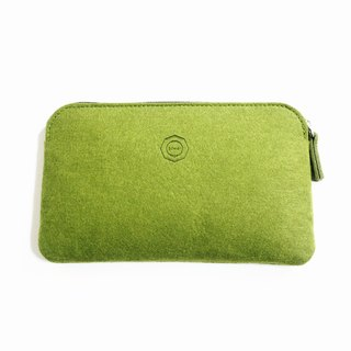 Simple Multifunction Wool Felt Clutch / Matcha green can be used as a pencil case. Mobile phone storage bag. Cosmetic bag. Passport package