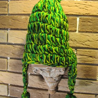 Thick green leaves llama fur hat