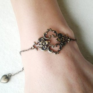 EarringFanatic retro ornate hollow relief bronze bracelet