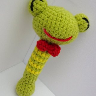 Frog. Knitting wool rattle ~ cutest births ceremony