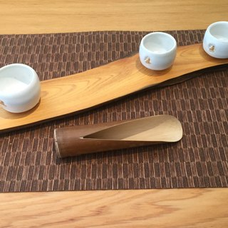 Handmade bamboo tea is -V recipients