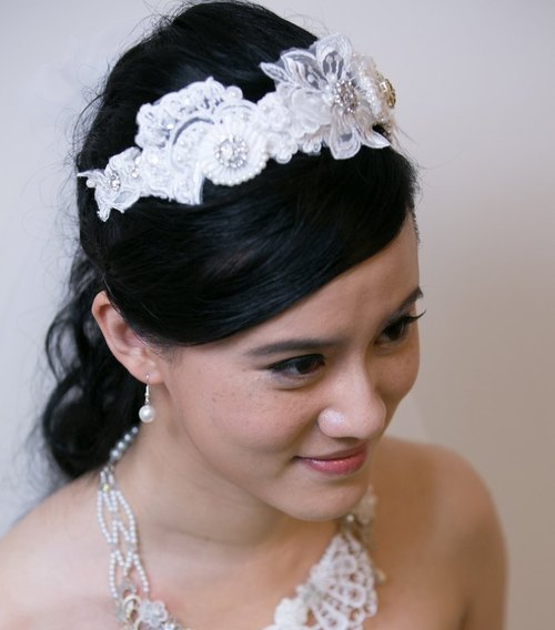 Lace bridal headdress - Glory