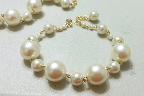 Big pearls falling into a jade plate series - mad mermaid beautiful glass pearls anklet ~