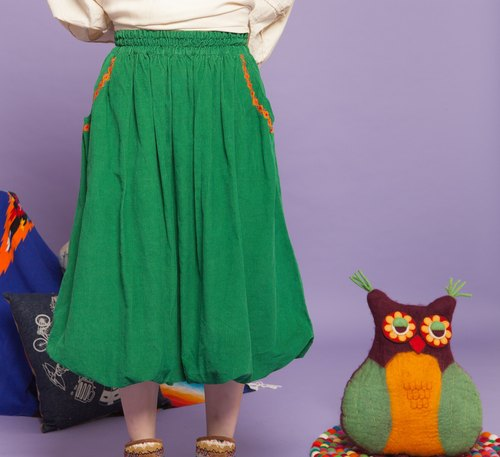 ✬ balloon corduroy skirt ✬