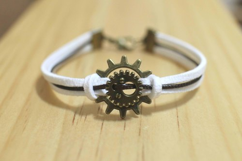 hand made bracelet-- korean synthetic leather【gear】