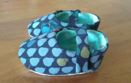 Small pears · Baby Shoes
