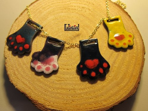 Enamel Works - flat palm kitten necklace