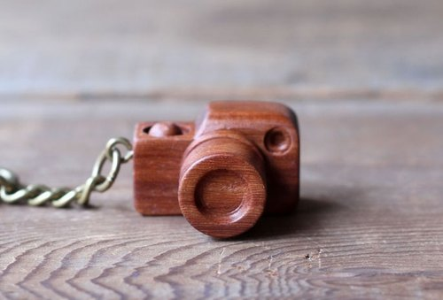 Mini wooden camera ▣ keychain