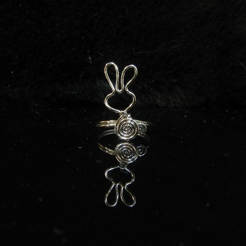 Winwing wire braid - Ring [rabbit]. Memorial Ring