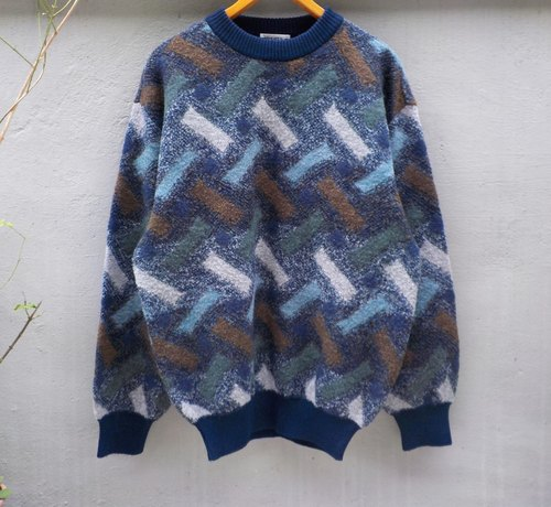 FOAK vintage sweater interwoven geometric perspective