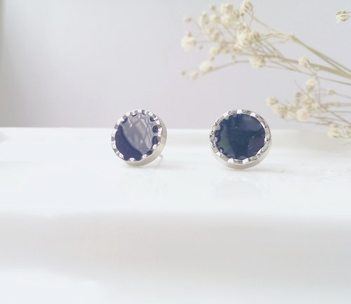 Vintage handmade silver earrings blue box [Sam Rainsy]