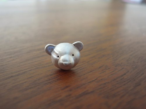 Teddy Bear No.21 Stud Earring--Sterling Silver--Silver Tiny Bear --Cute Bear