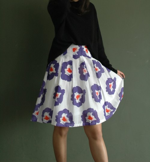 Marimekko style thin purple silk skirt off (only s code, waist 25)