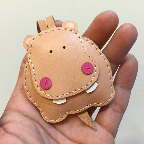 Handmade leather} {Leatherprince Taiwan MIT color cute hippo hand sewn leather strap / Hugo the Hippo leather charm in skin color (Small size / small size)