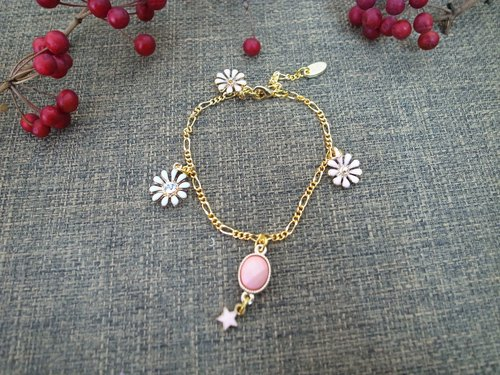 """Shiny series"" Little flower bracelet (pink)"