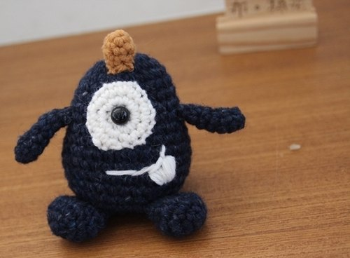 Amigurumi crochet doll: Little Cute Monster, Deep blue monster, One eye