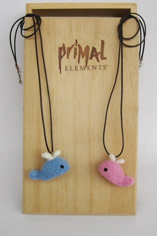 Miniyue sheep felting whale couple necklace made in Taiwan