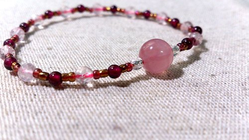 crystal in dearsharka || dotdot. X x red garnet rose quartz rose quartz Stars