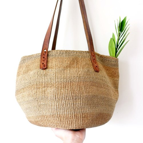 BajuTua / appearing Ethnic / Hippie earth earthy handmade Kenya shoulder bag / picnic bag (small)