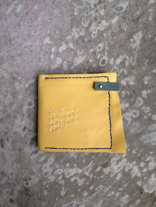 Sew saffron vegetable tanned leather wallet _