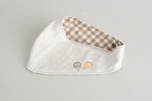 Flying Balloon_baby scarf/ bib (allowable to stamp designated English alphabet)